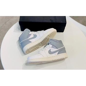 Air Jordan 1 Mid 2019 new luminous men and women models wild retro high-top shoes