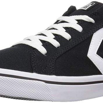 Converse Women's El Distrito Canvas Low Top Sneaker