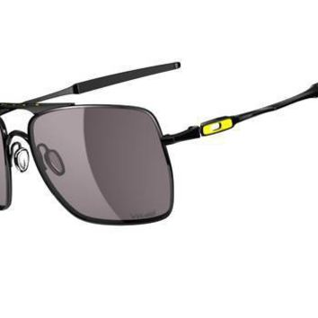 Discount Oakley Men's Deviation Valentino Rossi  Sunglasses