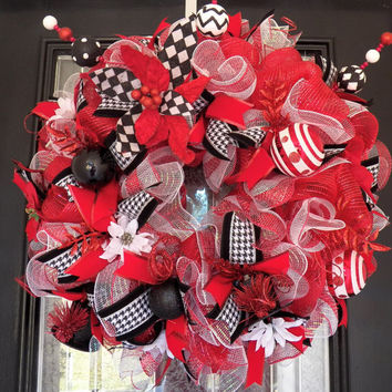 Red, Black and White Deco Mesh Christmas Wreath, Poinsettia, Christmas Decoration