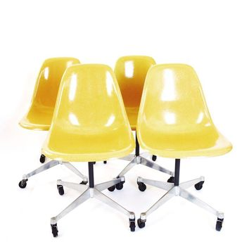 Pre-owned Herman Miller Eames Shell Chairs - Set of 4