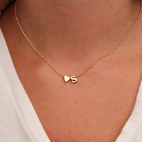 Hot 26 Letter & Heart-shaped Charm Pendant Necklace Women Simple Name Necklace Lovers Gift Gold Color Initial Choker -03130