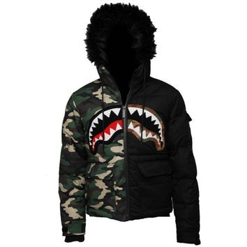 ONETOW Sprayground - Camo Destroy Chopper Jacket - Green