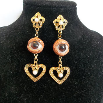 Creepy Eyeball Dangle Drop Earrings