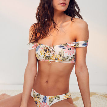 Billabong X UO Bella Lace-Up Bikini Top | Urban Outfitters