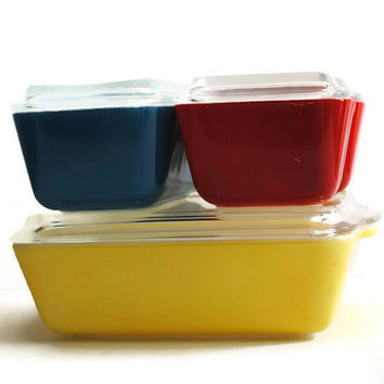 PYREX Primary Colors Refrigerator Set Refrigerator Boxes Bake Serve Store - (#500.87)