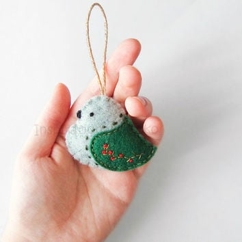 Christmas bird ornament, woodland embroidered decoration, rustic green home decor, Christmas gift idea
