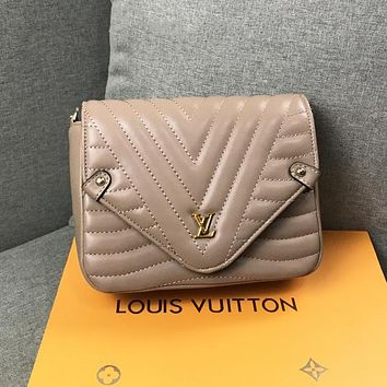 Louis Vuitton LV New Women Fashion Leather Crossbody Bag Chain Shoulder Bag Khaki