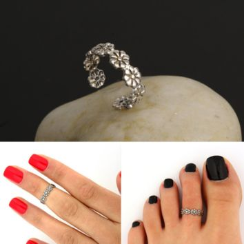 Retro Hollow Flower Adjustable Open Toe Rings Finger Foot Jewelry 2 pcs