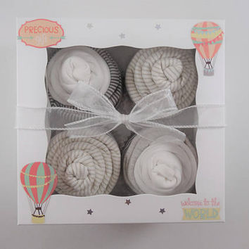 Gender Neutral Baby Gift Unisex baby gift set 9 month - hot air balloon baby gift - sheep