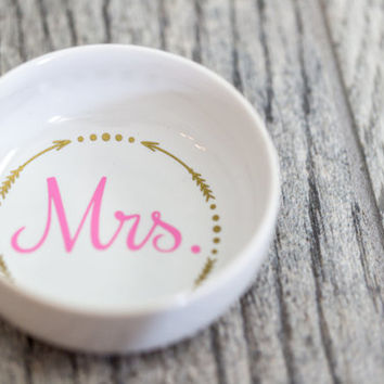 Mrs. Ring Dish Jewlery Holder