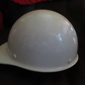 Vintage industrial MSA Skullgard fiberglass safety  hard hat WHITE UNUSED Series  A 1969  Industrial Mill Worker -  Steampunk Head Gear