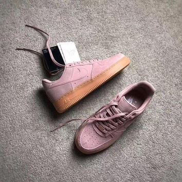 VLX0E4 Nike Air Force1'07 LV8 SUEDE 35YEARS AA1117-600