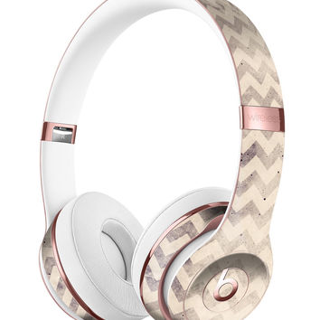Faded Black and White Chevron Pattern Full-Body Skin Kit for the Beats by Dre Solo 3 Wireless Headphones