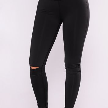 Active Knee Slit Leggings - Black
