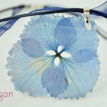 Resin real hydrangea, Hydrangea Necklace, Necklace resin hydrangea, Pendant real hydrangea, Resin hydrangea, Pressed Flower Jewelry