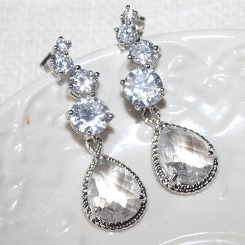 Bridal Crystal Rhinestone Teardrop Sparkling Earrings, Wedding Statement Jewelry, Cubic Zirconia Rhinestone Silver Earrings