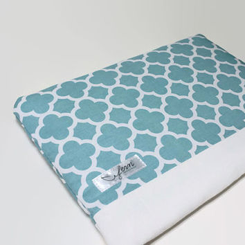 "Women's 13 inch MacBook Pro 15"" Laptop Case 11"" Chromebook Sleeve MacBook Air Cover Sleeve - Aqua Quatrefoil"