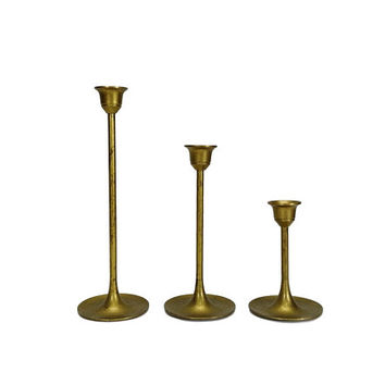 Vintage Brass Candlesticks Set of 3 Graduated Tulip Base Stair Step Candle Holder Lot Gold Wedding Centerpiece Dining Room Table Home Decor