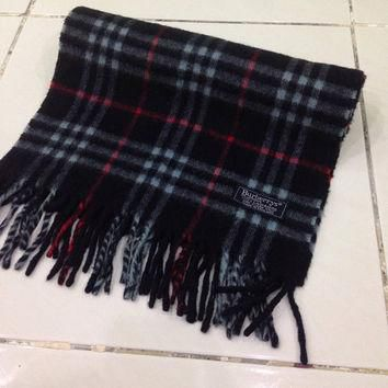 Vintage burberrys scarf / scarves 100% Cashmere plaid pattern navy blue made in englan