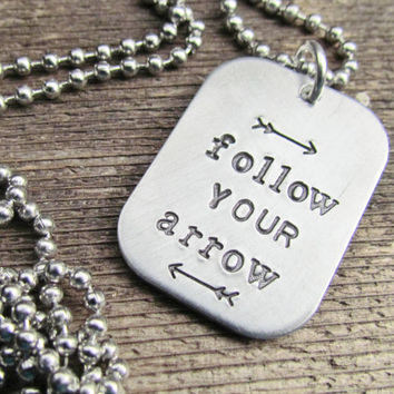 Necklace Follow Your Arrow ONE Tag Hand Stamped Rectangle Jewelry Charm Aluminum Personalized Stainless Steel Chain Name Inspirational