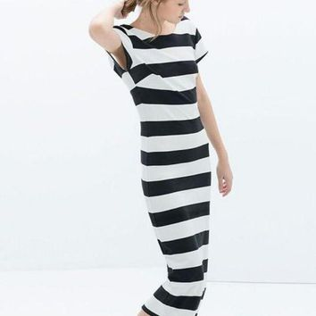 ac NOVQ2A Black and White Striped Backless Short Sleeve Bodycon Midi Dress