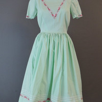60s Mint Green Cotton Dress, 36 bust, Full Skirt, Pink Floral Trim, Vintage 1960s Day Dress