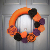 Halloween door wreath - Halloween door hanger - Halloween yarn wreath - Halloween door decorations - Fall wreath
