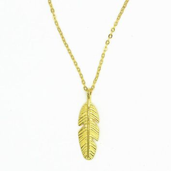 N737 Feather Pendant Necklaces Women Chain Colleares Necklace Fashion Jewelry Bohemian Bijoux