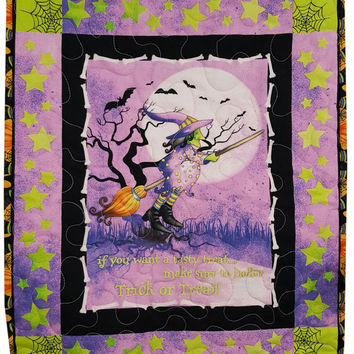 Quilted Halloween Wall Hanging with Witch on a Broomstick