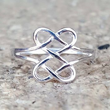 .925 Sterling Silver Celtic Heart Infinity Love Knot Ring Ladies Size 3-14 Midi