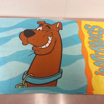 Vintage 90's Scooby Doo Where are you Groovy colors Kids room Pillowcase