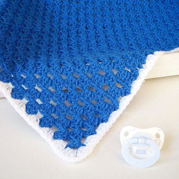 Crochet baby blanket Car seat blanket Travel blanket Newborn wrap Basket filler Knit baby Boy blanket Security blanket Stroller blanket
