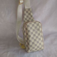 Louis Vuitton MENS,WOMENS WALLET PURSE CHEST PACK Day-First™