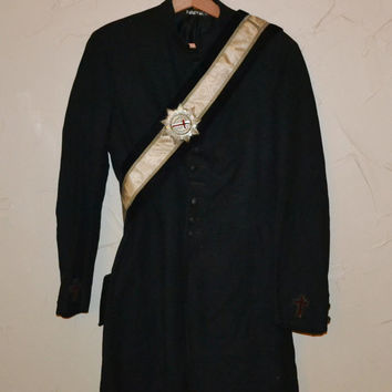 Knights Templar Coat Mens Antique 1930s Black Wool Masonic Coat with Red Crosses Gothic Steampunk Tailcoat regalia Masons Frock Coat