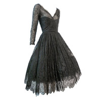 Oscar De la Renta - Oscar De la Renta Chantilly Lace Full-Skirt Cocktail Dress
