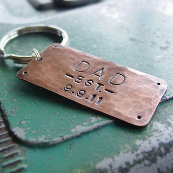 Dad Keychain in Copper ,Custom Hand Stamped Date, Personalized Established Year,  New Daddy Father Papa Grandfather,  Mens Key Chain