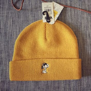 Vans Popular Hip-Hop Snoopy Cartoon embroider Warm Women Men Knit Hat Cap