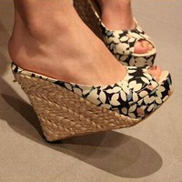 Retro Floral Slip On Wedge Sandals 3 Colors