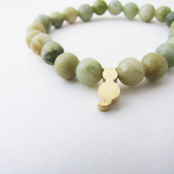 Olive green jasper stretch  bracelet.  Olive green Stacking Bracelet Gemstone -Stretch Bracelet