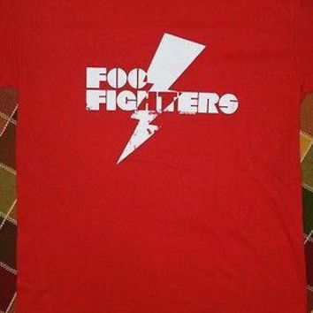 New FOO FIGHTERS LIGHTNING BOLT T SHIRT RED  Licensed CONCERT BAND  T SHIRT