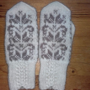 Fair isle Wool gloves , Women Winter Gloves, Warm Hand Knit Wool Gloves, Christmas Gift, Organic Lithuanian wool, White wool gloves