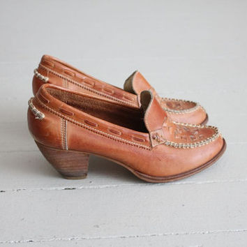 1970s leather heels / wooden heels 70s / heels 6.5 7