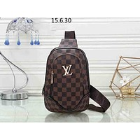 LV tide brand retro men and women old flower checkerboard chest bag Messenger bag coffee check