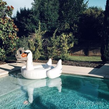 Swan Pool Float - Urban Outfitters