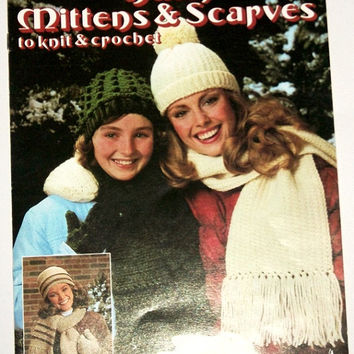 Learn to Knit instruction and Pattern Books