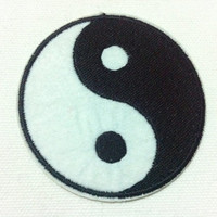 Lot Of 2 Pieces High Quality Ku Fung Tai Ji  (7 x 7 cm) Embroidered Iron on Applique Patch (B)