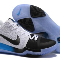 Men 's Basketball Shoes Kyrie Irving 3 Black/White/Blue Gradient Sports Running Shoes