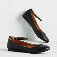 Tour and Simple Flat in Black | Mod Retro Vintage Flats | ModCloth.com