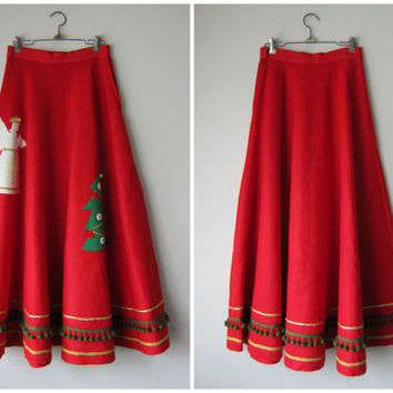 "50s Red Felt Skirt w/ Chistmas Tree & Angel // Super Full Cut, Long Length // Bells, Pom Poms, 140""+ Sweep! Holiday Party Novelty Kitsch!"